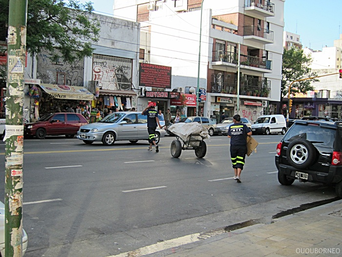 Buenos Aires Trash Pick Up